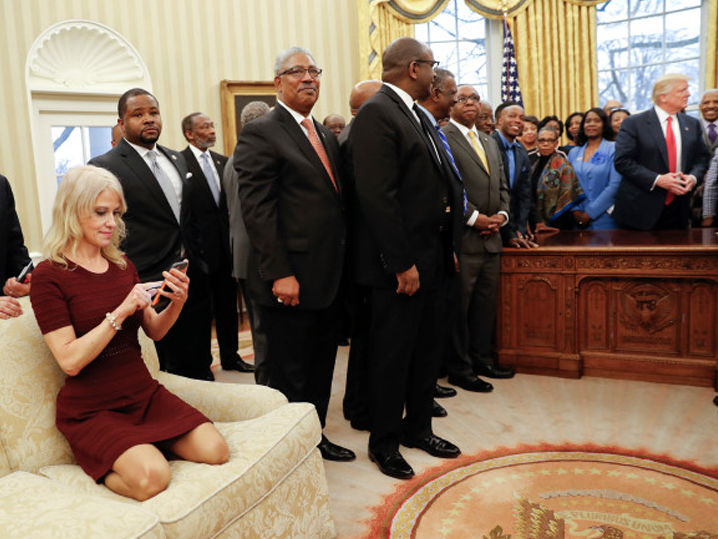 http://tmz.vo.llnwd.net/o28/newsdesk/tmz_documents/0228_Kellyanne-Conway_white_house.jpg